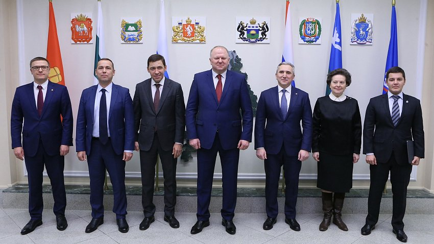 Николай Цуканов собрал совещание по коронавирусу с губернаторами УрФО