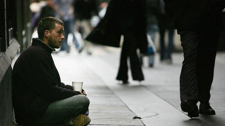 Из-за пандемии коронавируса бездомные страдают от голода