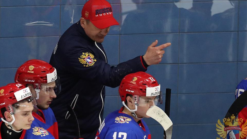 Четыре челябинских хоккеиста могут попасть в молодежную сборную России