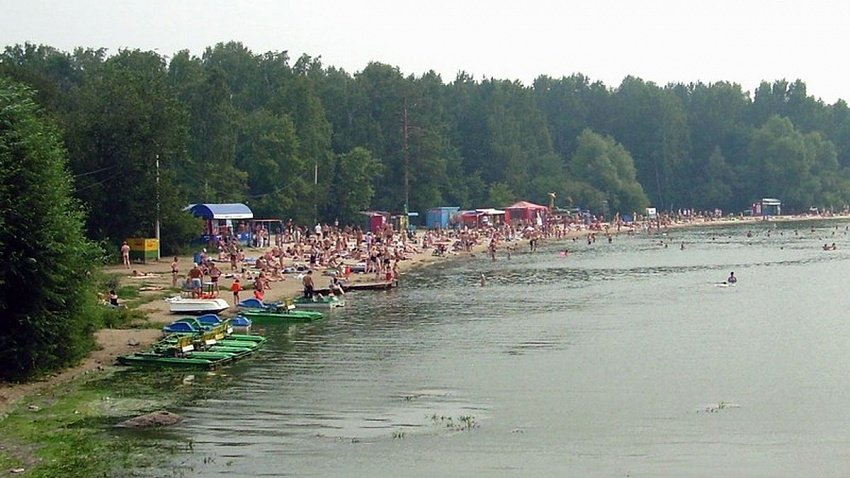 На пляжах Челябинска за безопасностью проследят почти 100 матросов-спасателей