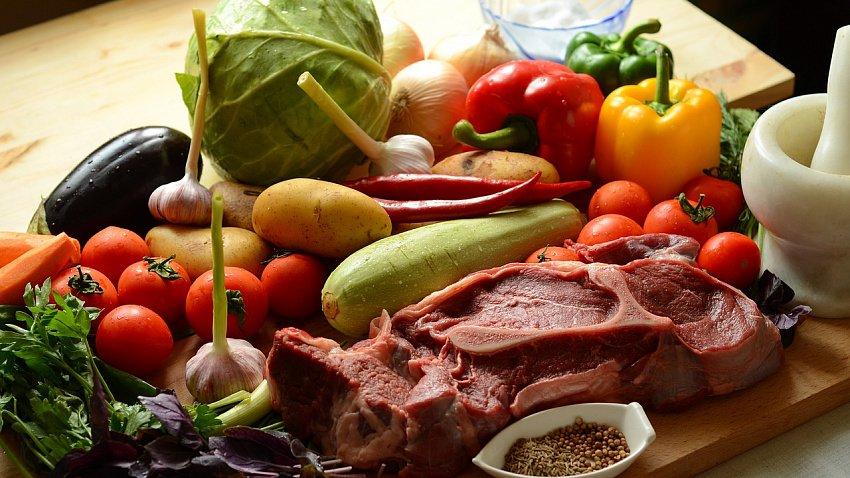 В Челябинской области сахар и овощи дорожают быстрее, чем в других регионах УрФО