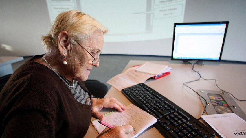 Треть работодателей России не готовы брать на работу пожилых сотрудников
