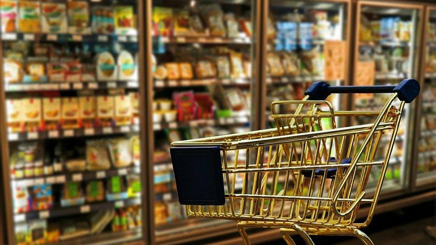 Продуктовых запасов в Челябинской области хватит на несколько месяцев