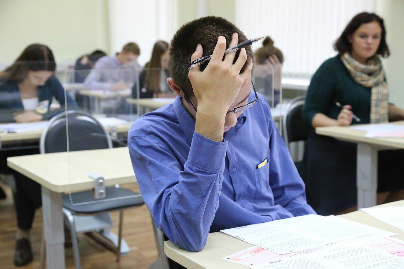 Студентка пришла сдавать экзамен, Студентки сдали экзамен профессору устно 27 фотография