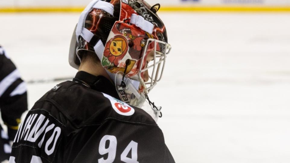 «Это неправильно»: хоккейные эксперты высказались после того, как «Трактор» отказался от Василия Демченко