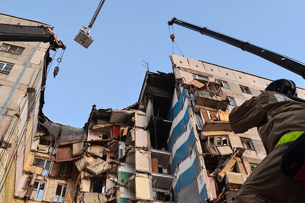 Спустя год после трагедии Кремль озвучил причину взрыва дома в Магнитогорске