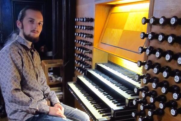 Челябинцев приглашают посетить концертную программу «Калейдоскоп»