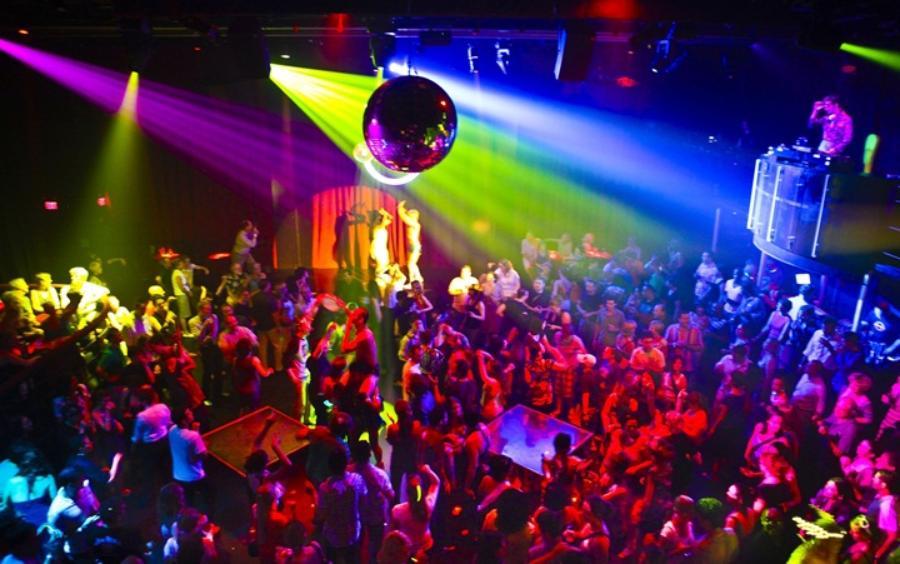На кировке ночной клуб клуб и бильярд в москве