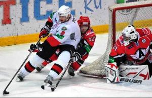 Смотрите сейчас на сайте 1obl.ru матч регулярного чемпионата «Автомобилист» vs «Трактор»