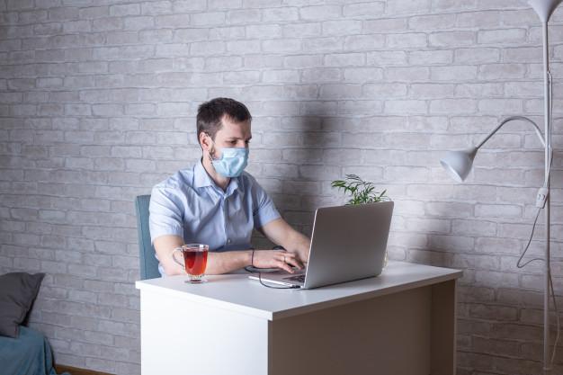 Около 80% челябинцев не готовы ставить прививку от коронавируса ради выхода на работу