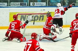 Текстовая трансляция матча регулярного чемпионата КХЛ «Автомобилист» vs «Трактор»