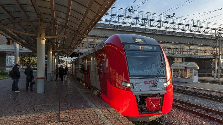 Электропоезда «Ласточка» в Челябинской области перевезли почти 300 тыс. пассажиров