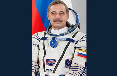 Космонавт, учившийся в Челябинске, успешно вернулся на Землю после года на МКС
