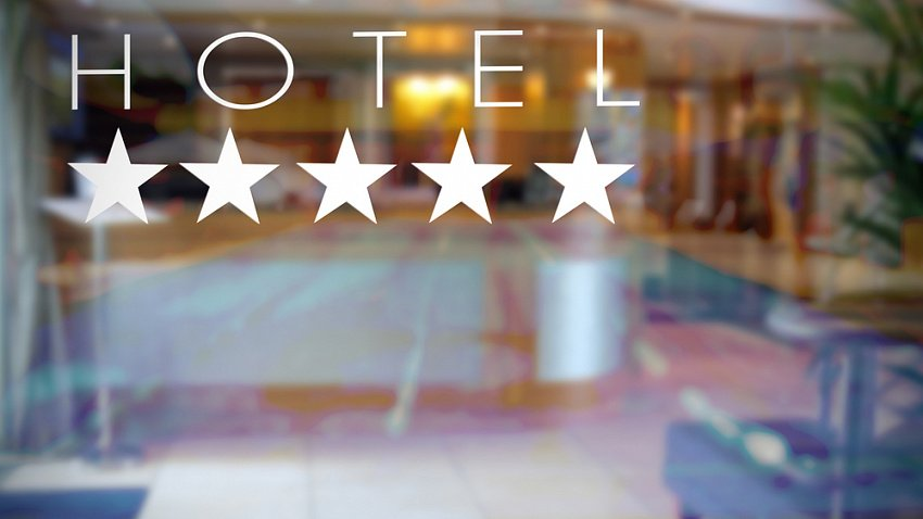 Отельеров Челябинской области оштрафуют за работу без «звезд»