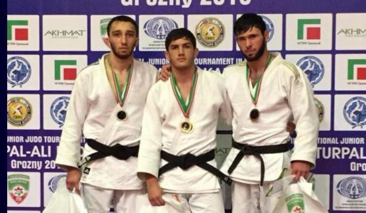 Челябинсий дзюдоист одержал блестящую победу на татами в Грозном