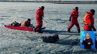 Двух рыбаков эвакуировали с озера Смолино