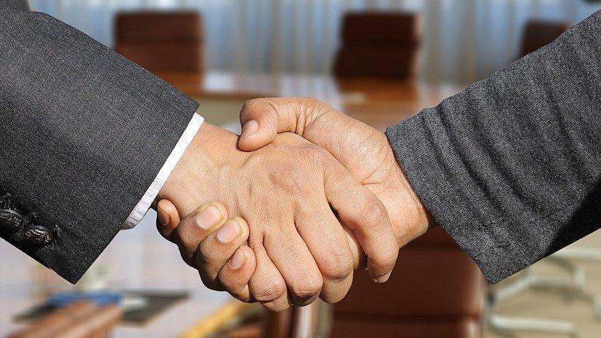 Южноуральцы получают деньги от государства на открытие собственного бизнеса