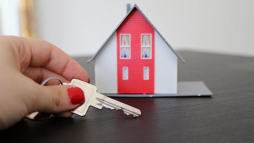 С начала 2021 года частные дома в Челябинской области подорожали на 9%