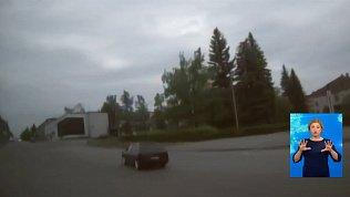 Автоинспекторы устроили погоню за лихачом