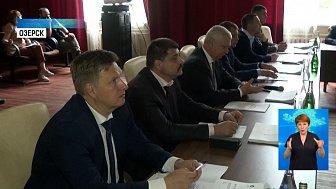Депутаты Заксобрания посетили ПО «Маяк»