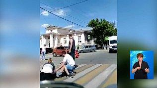 Свадебная машина сбила пешеходов