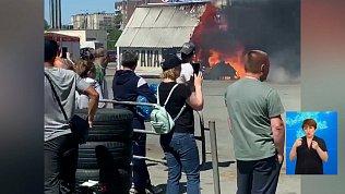 Сгорел павильон на строительном рынке