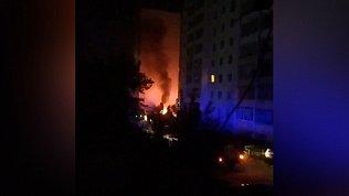 Житель Копейска снял на видео ночной пожар