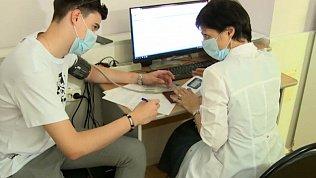 Специальная диета поможет легче перенести прививку от коронавируса