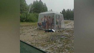 В Копейске из-за града с пляжа эвакуировали 40 человек