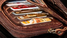 В Челябинской области выдано на 5% меньше кредитных карт
