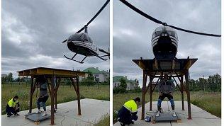 Челябинский силач Эльбрус Нигматуллин поднял платформу сработающим вертолетом