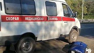 В Челябинске женщина разбилась, выпрыгнув на ходу из скорой 18+