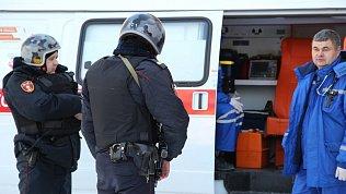 В Челябинске мужчина устроил дебош вмашине скорой помощи