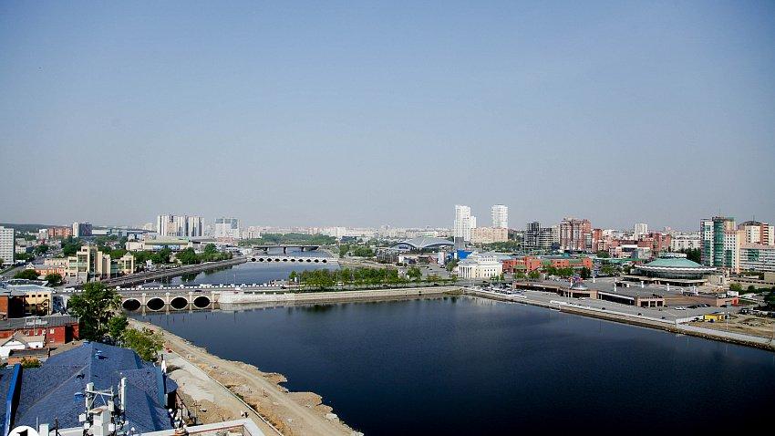 Челябинская область остается лидером по росту строительства и производства на Урале