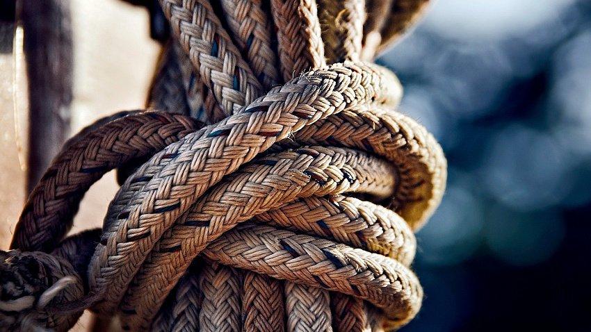 В Челябинске продают «Фабрику шнуров»