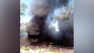 Видео серьезного пожара в Калининском районе Челябинска