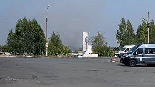 Лесной пожар подобрался к аэродрому ЧВВАКУШа: видео очевидца
