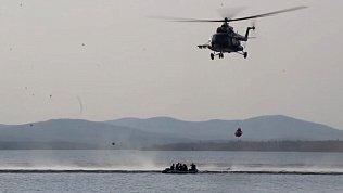 Челябинские спасатели опубликовали видео учений на озере Увильды