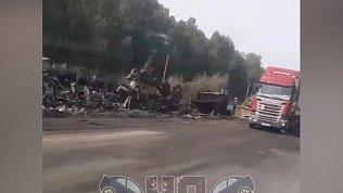 Авария с большегрузом попала на видео на Курганской трассе