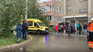 Очевидцы сняли на видео последствия взрыва газа в Екатеринбурге