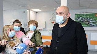 Как в«Коммунарке»: Денис Проценко оценил уровень инфекционной больницы вМалой Сосновке