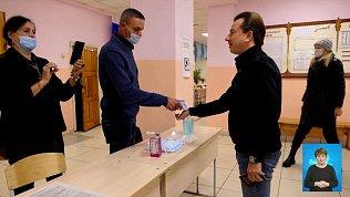 Владимир Бурматов проголосовал на выборах