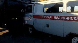 «Скорая помощь» врезалась в КамАЗ: видео последствий аварии