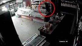 Видео кражи со взломом в Миассе попало в соцсети