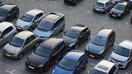 Власти Челябинска запускают пилотный проект платных парковок