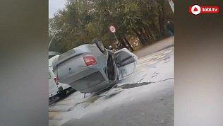 В Челябинске ДТП с опрокидыванием машины попало на видео