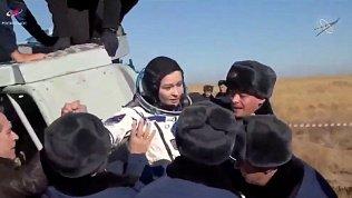 Съёмочную группу из космоса встречали челябинские спасатели