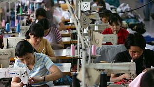 140 китайцев шили опасную обувь под маркой известных брендов в Кунашакском районе