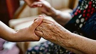 Южноуральские пенсионеры попадут в приёмные семьи