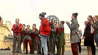 На крыше одного из самых высоких зданий Челябинска прошел мастер класс по танцам